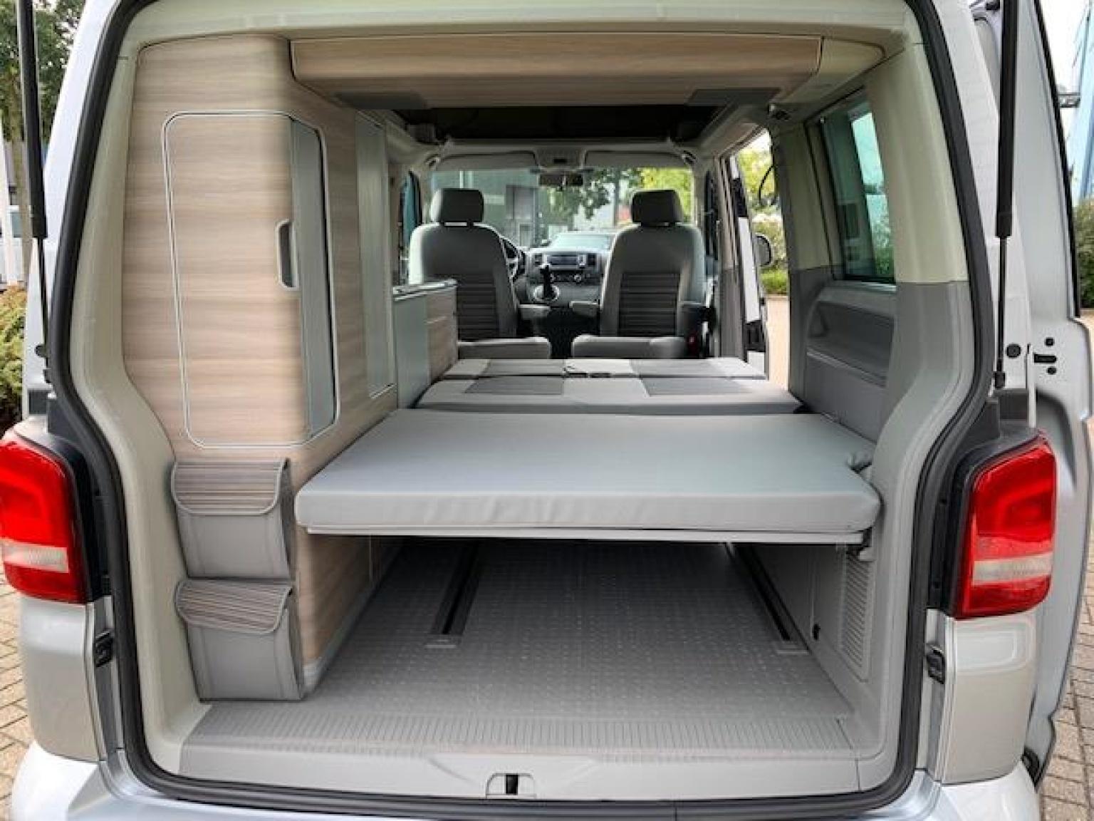 Volkswagen-Camper-28