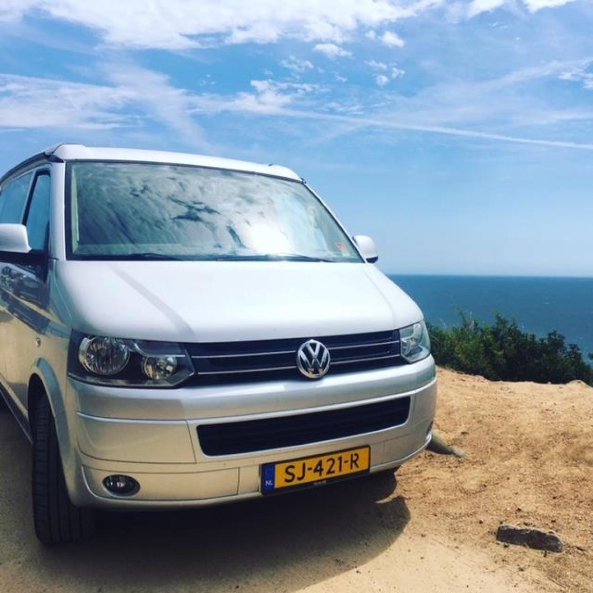 Volkswagen-Camper-12
