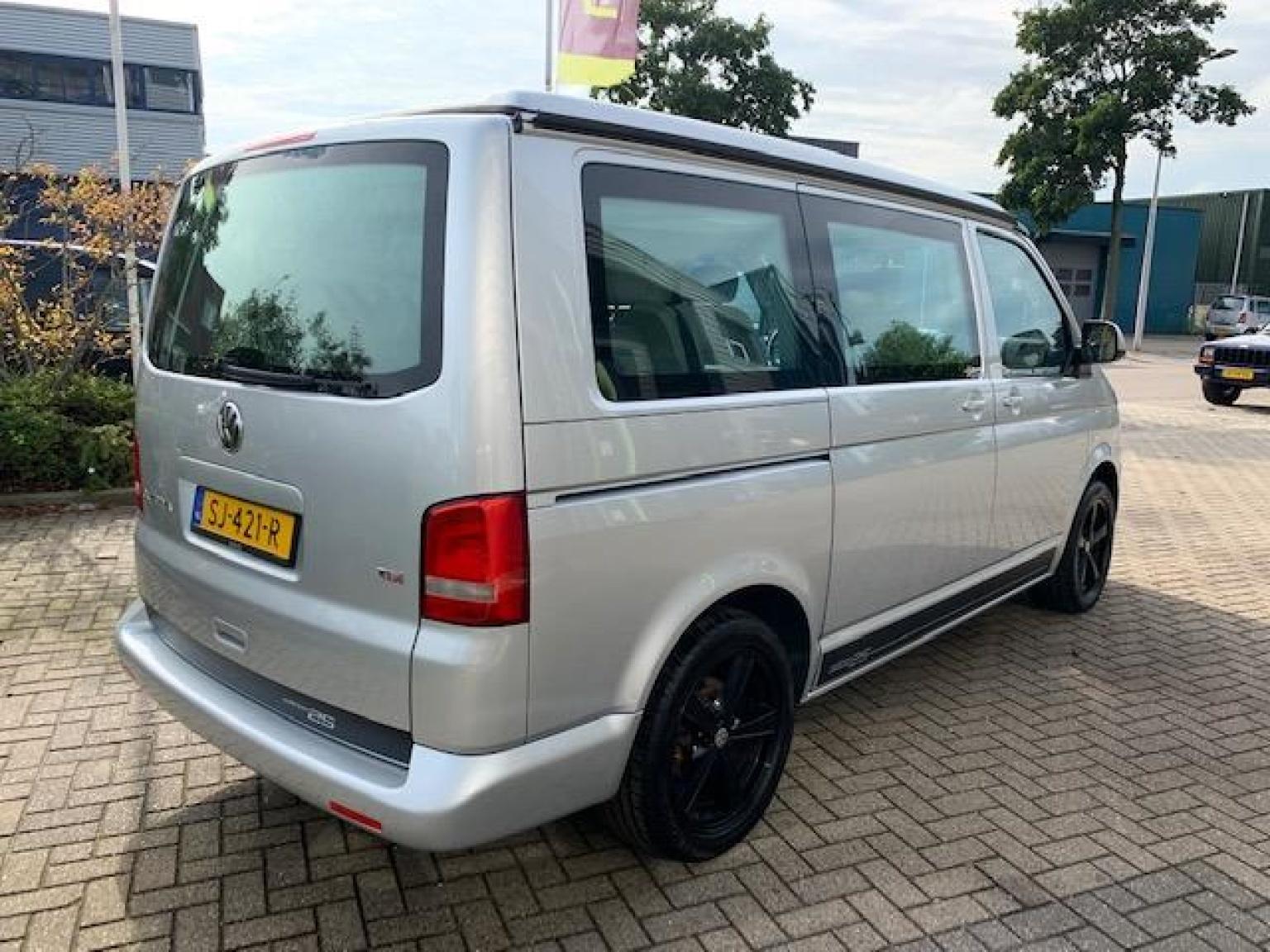 Volkswagen-Camper-5